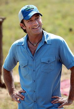 bf3e5b7d141 Jeff Probst...casual and great smile Survivor Tv Show