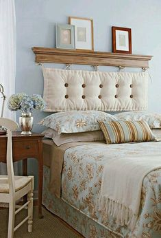 Removable DIY Bed Headboard Ideas Bringing Warmth and Softness into Bedroom Decor Diy Bed Headboard, Headboard Designs, Headboards For Beds, Headboard Ideas, Homemade Headboards, Vintage Headboards, Wingback Headboard, Bedroom Designs, Home Bedroom