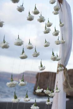 Santorini wedding |Wedding arch with carnations