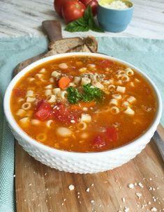 Pasta e Fagioli is a classic Italian soup with ground beef, vegetables, cannellini beans, diced tomatoes and herbs. This soup is hearty, flavorful and can be a meal served with a side salad and crusty bread or a starter before an Italian meal.// A Cedar Spoon