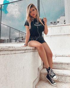 Female Reference, Barbara Palvin, Tumblr Girls, Model Photos, Pretty Face, Sexy Legs, Girly, Beautiful Women, Shirt Dress