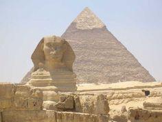 Ulteriore immagine della sfinge della necropoli di Giza.