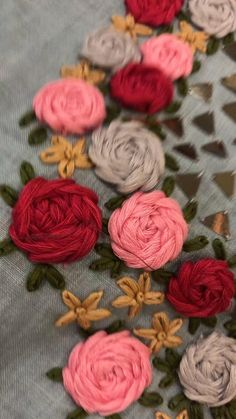 Ribbon Embroidery Tutorial, Hand Embroidery Patterns Flowers, Hand Embroidery Videos, Hand Work Embroidery, Embroidery Flowers Pattern, Creative Embroidery, Simple Embroidery, Silk Ribbon Embroidery, Hand Embroidery Designs