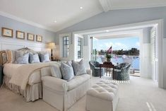 8 Chic Hamptons Style Bedrooms you will love Coastal Master Bedroom, Coastal Bedrooms, Dream Bedroom, Home Bedroom, Bedroom Decor, Bedroom Ideas, Bedroom Suites, Pretty Bedroom, Bedroom Furniture