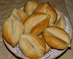 Portuguese Bread Rolls (Papo Secos)