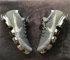 Ideas For Sneakers Nike Vapormax Sneakers Mode, Best Sneakers, Sneakers Fashion, Nike Sneakers, Fashion Shoes, Mens Fashion, Cheap Fashion, Fashion Rings, Fashion Outfits