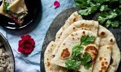 Indický chléb Kulcha Kitchenette, Hummus, Tacos, Bread, Baking, Ethnic Recipes, Food, Brot, Bakken