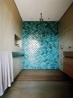 Modern bathroom with grey concrete floors and walls. Handmade tiles can be colour coordinated and customized re. shape, texture, pattern, etc. by ceramic design studios Bad Inspiration, Bathroom Inspiration, Style At Home, Mermaid Tile, Mermaid Bathroom, Mermaid Scales, Mermaid Room, Mermaid Beach, Fish Scale Tile