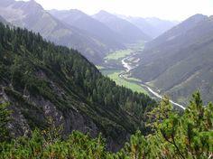Lechtal - Stanzach-Elmen via Neerengrat zicht op Häselgehr