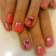 Tropical nail art with glitter and pigment fade
