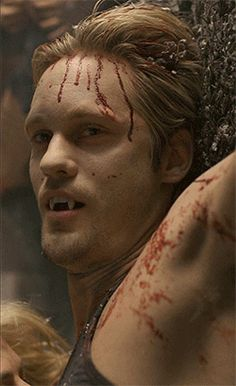 When Eric got Sookie to suck the bullets out of his chest. Hot Vampires, Vampires And Werewolves, Slytherin, Gemini, Serie Vampire Diaries, Eric And Sookie, Vampire Shows, True Blood Series, Vampire Pictures