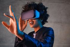Virtual Reality (VR) Course Virtual Reality short courses in Sydney, open to everyone. Experience a reality where imagination springs to life with our Virtual Reality courses in Sydney. Virtual reality (VR) is a computer-generated scenario that si. Best Virtual Reality, Virtual Reality Education, Augmented Virtual Reality, Virtual Reality Systems, Ar Reality, Battlestar Galactica, Audi Tt, Apple Tv, Adventure Time