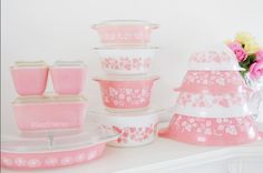 Sweet Emelyne's Pink Pyrex Collection. Vintage/Girly Kitchen Tour
