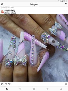 Check it out. Stiletto Nails, Coffin Nails, Beauty Nails, Hair Beauty, Valentine Nail Art, Nails On Fleek, Cute Nails, Nail Nail, Stilettos
