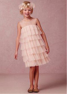 97d00d124 11 Adorable Flower Girl Dresses for Spring #dpwg Boho Flower Girl, Cute  Flower Girl