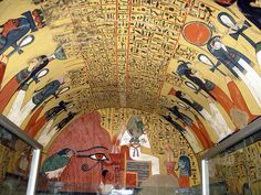 Pashedu tomb (TT has not been open to the public for long time. It located in the necropolis of Deir El Medina on the West Bank at Luxor (ancient Thebes) Ancient Egyptian Paintings, Egyptian Kings And Queens, Objets Antiques, Importance Of Art, Art Antique, Les Religions, Ancient Artifacts, Ancient History, European History