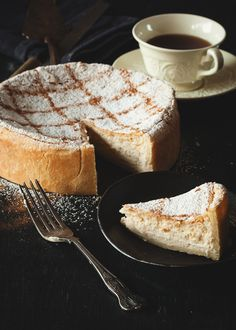 I am quite fussy when comes to cheesecake. I have to admit that cheesecake is possibly the last option I would go for on a dessert menu. I just think that there are way more exciting gateaux and ca...
