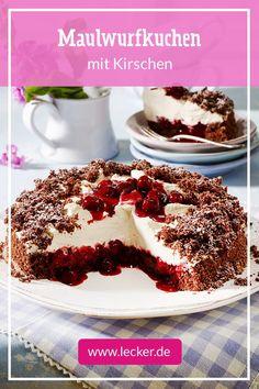 Als Geburtstagskuchen oder für den nächsten Kaffeeklatsch: Maulwurfkuchen mit Schokoboden, Sahnefüllung und Streuseln ist ein echter Kultkuchen.  #kuchen #backen