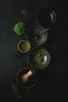 Bloesem Living l Preparing Match Tea