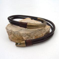 Leather bracelet for men Men's dark brown leather by Jullyet