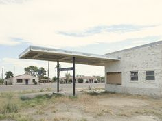 Photographer captures 26 abandoned gasoline stations across America Old Gas Stations, New York Photographers, Abandoned, Pergola, Outdoor Structures, America, Photography, Creative, Architecture