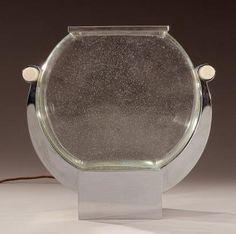 Georges BASTARD (1881-1939) et Edgar BRANDT (1880-1960) Exceptionnelle et rare lampe-aquarium en métal chr
