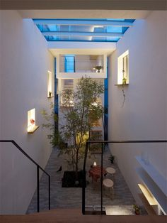 This house in a residential district in Tokyo was designed by Japanese architecture firm mamm-design to embrace the best of nature and manufactured design.