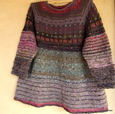 juste en s'y mettant - se hace camino al andar Clothogancho Knitting For Kids, Baby Knitting, Knitting Designs, Knitting Patterns, Rowan Felted Tweed, Play Clothing, Sweater Making, Baby Kind, Textile Design