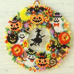 Perler Patterns, Peyote Patterns, Beading Patterns, Halloween Beads, Halloween Ornaments, Beaded Banners, Brick Stitch Earrings, Diy Perler Beads, Beaded Crafts