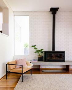 Kemlan Celestial 900 / Australian Made / Inbuilt & Freestanding fireplace, Modern Wood Fireplace! Home Fireplace, Living Room With Fireplace, Fireplace Design, Fireplaces, Fireplace Modern, Fireplace Ideas, Freestanding Fireplace, Banquette, Home And Living