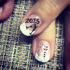 Christmas into New Years Day nails . New Years Nail Designs, New Years Nail Art, New Years Eve Nails, Cute Nail Art, Cute Nails, Champagne Nails, Nails 2015, New Year's Nails, Beautiful Nail Designs