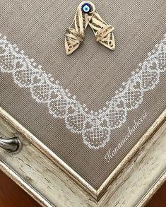 Cross Stitch Borders, Cross Stitch Patterns, Bargello, Home Textile, Blackwork, Cross Stitch Embroidery, Pixel Art, Elsa, Sewing Patterns