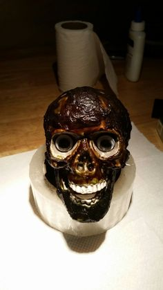 How to spice up a skull. Real easy. 😎🤗