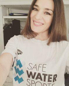 Μαρία Ναυπλιώτου Water Sports, T Shirts For Women, Tops, Fashion, Moda, Fashion Styles, Fashion Illustrations