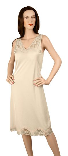 Gemsli Elegance, Full Slip with Stretch Lace, Cling Free - Taupe