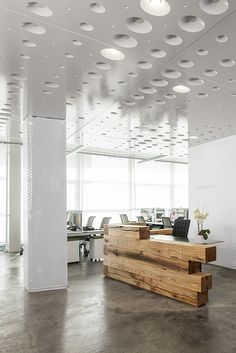 Mixture of clean white with natural wood interior | offices | Sullivan NYC