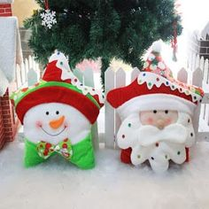 New Santa Claus Design Christmas Day Decor Children Bedroom Back Cushion New Year Gifts Kids Throw Pillow Snowman Christmas Decorations, Christmas Crafts To Make, Felt Christmas, Christmas Snowman, Christmas Holidays, Christmas Stockings, Xmas, Christmas Ornaments, Holiday Decor