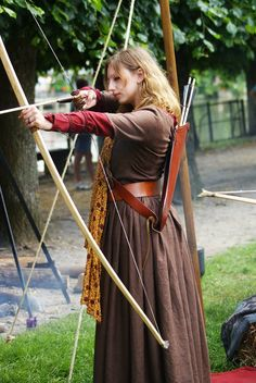 Traditional English long bow
