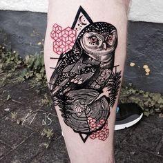 German Tattoo artist Jessica Kinzer (aka Jessica Svartvit) produces stunning…