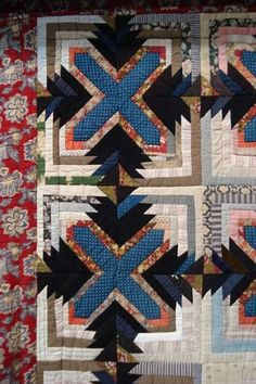 antique Swedish quilt -This is actually a variation on log cabin I've never seen before. Look closely at the piecing.each blue elongated hex is like the chimney with logs on 3 sides. Old Quilts, Strip Quilts, Antique Quilts, Scrappy Quilts, Vintage Quilts, Quilt Blocks, Quilting Projects, Quilting Designs, Sewing Projects