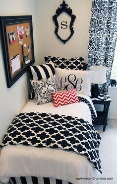 Black and White dorm room decor. This classic black and white dorm room is a best seller, year after year. Add a pop of color or trendy metallic details to your classic dorm room bedding. Teen Girl Bedrooms, Teen Bedroom, Bedroom Decor, Teen Rooms, Bedroom Furniture, Furniture Ideas, Girl Rooms, Bedroom Ideas For Small Rooms For Girls, Small Teen Room