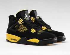 air-jordan-iv-thunder-disponible-ce-soir-013