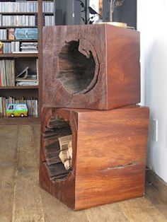 Blocos OCO Hollow trunk as a coffe table in furniture  with Wood / organic Ecodesign Coffee Table