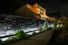 a perfect example of exterior lighting design