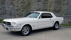 1965 Ford Mustang 289 CI, Automatic presented as lot T124 at Dallas, TX