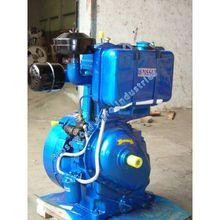 Source 12HP DIESEL ENGINE LISTER TYPE on m.alibaba.com Small Diesel Generator, Fuel Injection, Diesel Engine, Nissan, Engineering, Type, Technology
