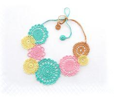 Häkeln Sie Halskette Pastell Halskette Kreis von CraftsbySigita