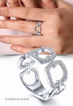 Diamond Jewelry, Jewelry Rings, Jewelery, Fine Jewelry, Gold Fashion, Fashion Rings, Fashion Jewelry, Gold Ring Designs, Stylish Jewelry