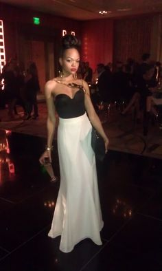 TheSevenology.com Founder Jenn Nicole wearing Vintage Donna Karen skirt and bustier to Boston Fashion week. Jewelry by The Sevenoogy Collection