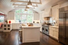 Cathedral Ceiling Kitchen - Transitional - kitchen - Smith River KItchens